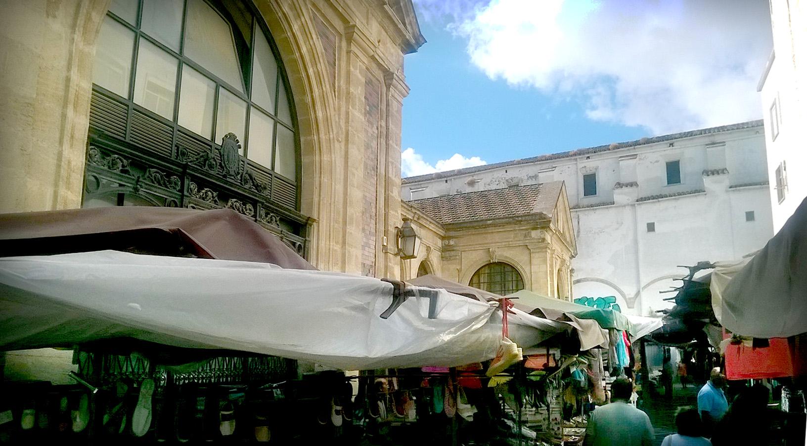 La ciudad que no vemos (II). El mercado y la plaza Esteve de Jerez de la Frontera.