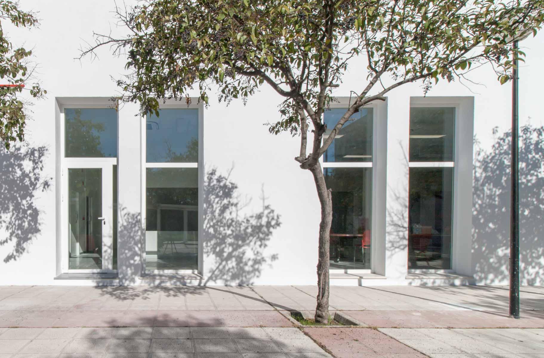 Iniesta Nowell Arquitectos - Reforma integral de edificio de Cruz Roja en Jerez de la Frontera