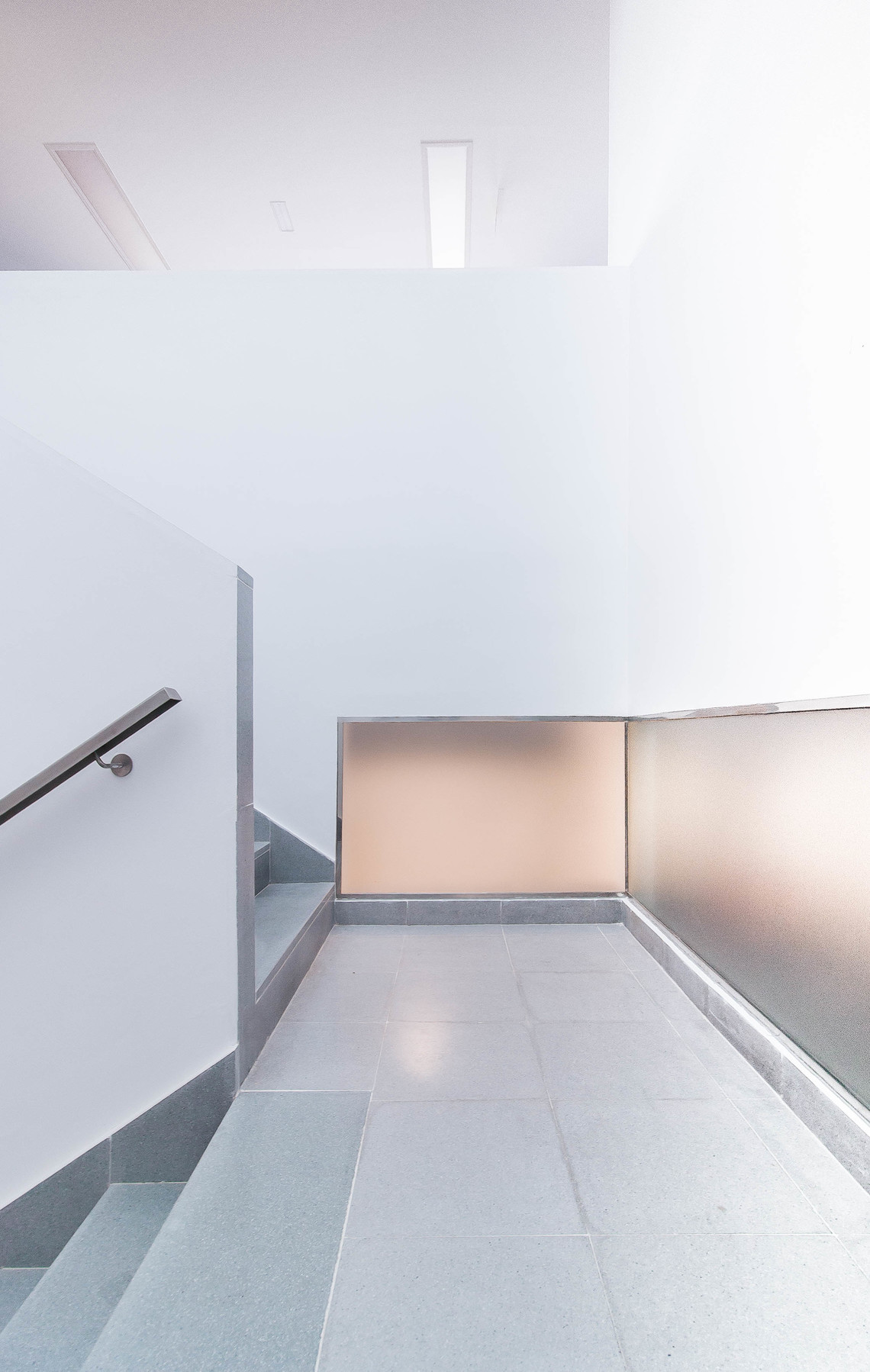 Iniesta Nowell Arquitectos - Reforma integral de Centro de estimulación precoz en Jerez de la Frontera